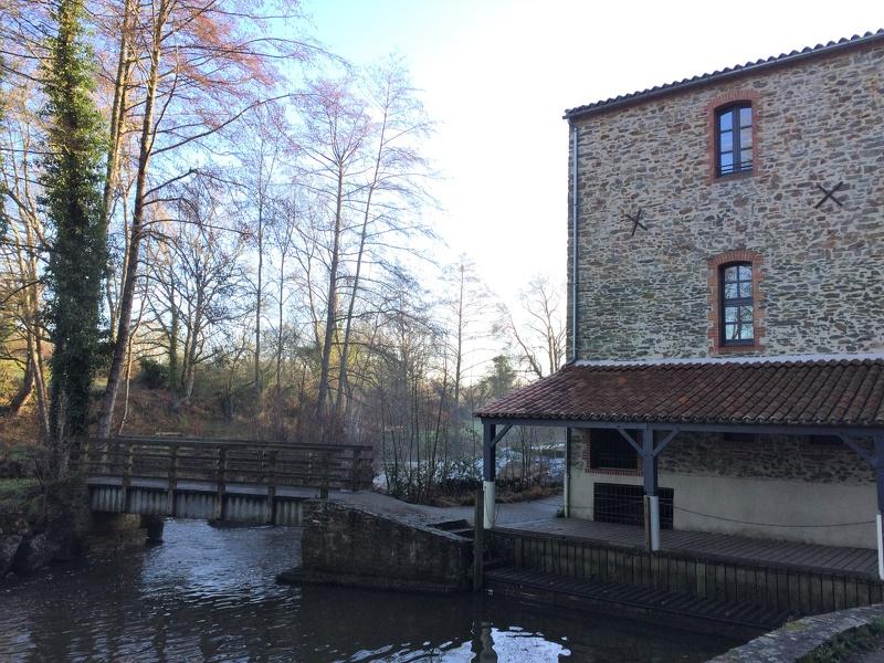 Maison de la rivière à Montaigu Vendée