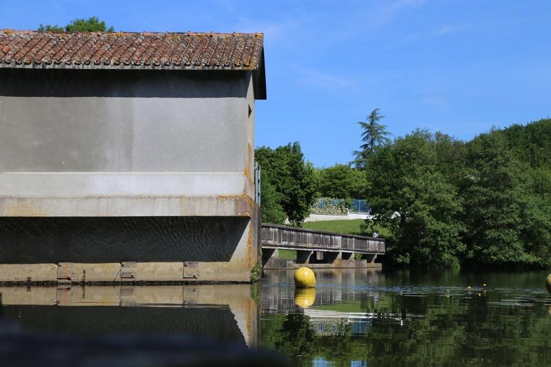 Le barrage d'eau potable du Longeron à Sèvremoine