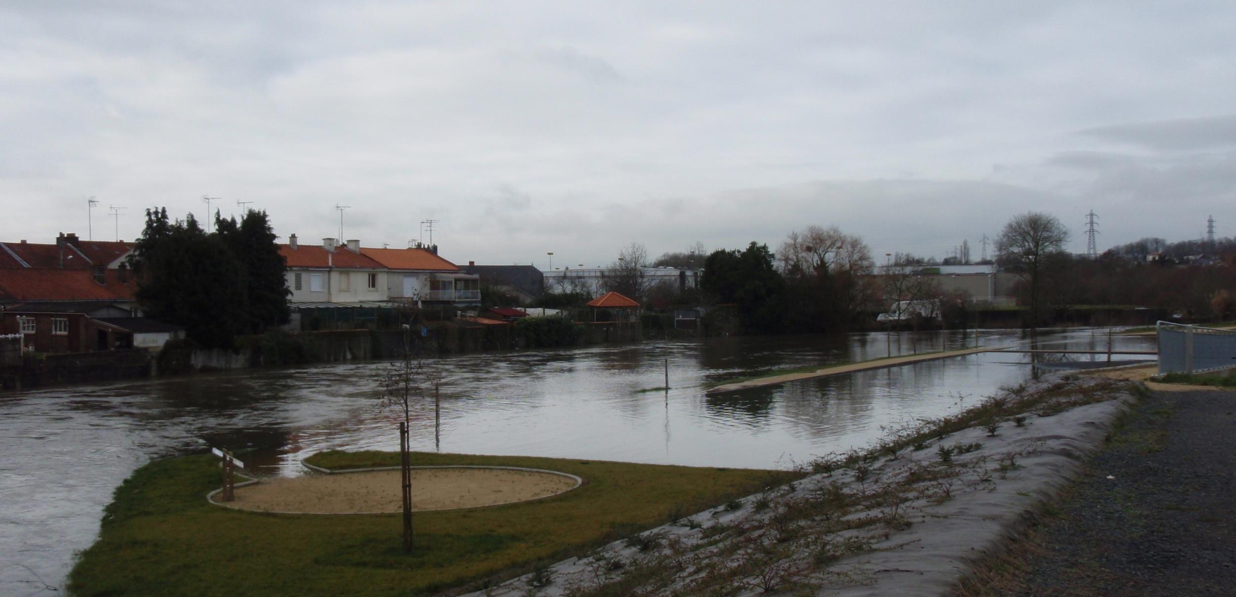 Réouverture du lit majeur de la Moine à Cholet réalisée dans le cadre du PAPI (crue de février 2014)