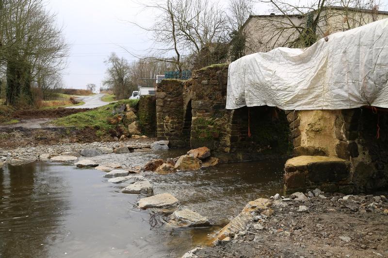 Pont gallo roman (Sanguèze, Mouzillon) - restauration continuité écologique